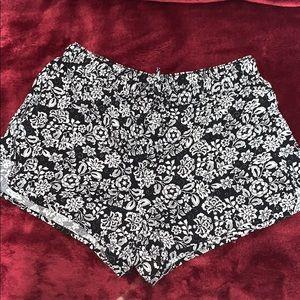 Aeropostale Black & White Floral Flowy Shorts